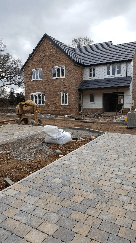 J&L Build Wicklands Road Hunsdon 3